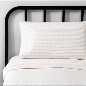 Dorm Sheet Set twin XL hearth & Hand Magnolia